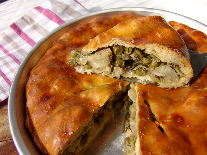 Artichoke and green pea pie