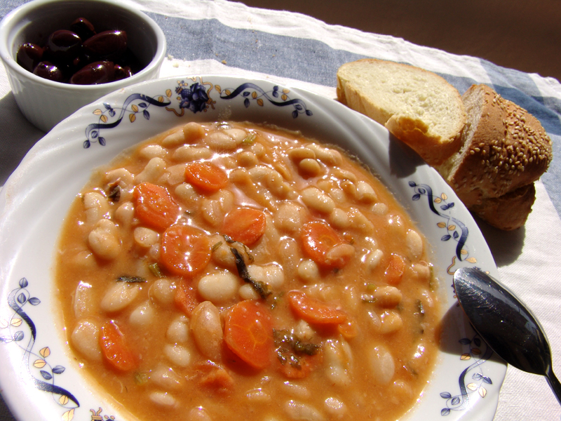 Traditional Greek Bean Soup (Fassolada)