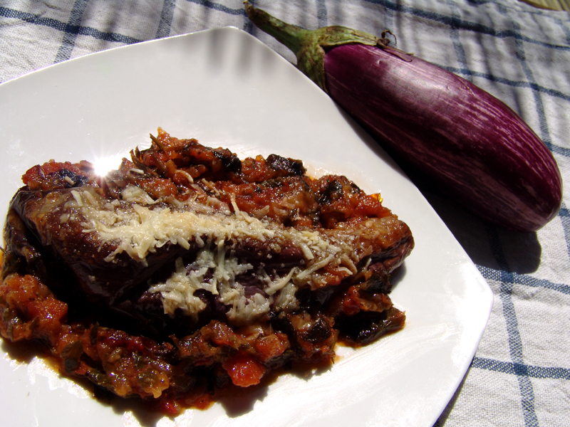 Eggplants stuffed with tomatoes, onions & herbs 'Imam Baildi'