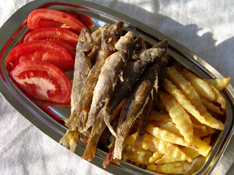 Fried whitebait (Maridaki)