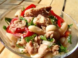 Bean and tuna salad