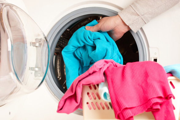 A Colored Piece Of Clothing Found Its Way In The Washing Machine Together With White Clothes Result Is Rather Unsightly As Your Whites End Up