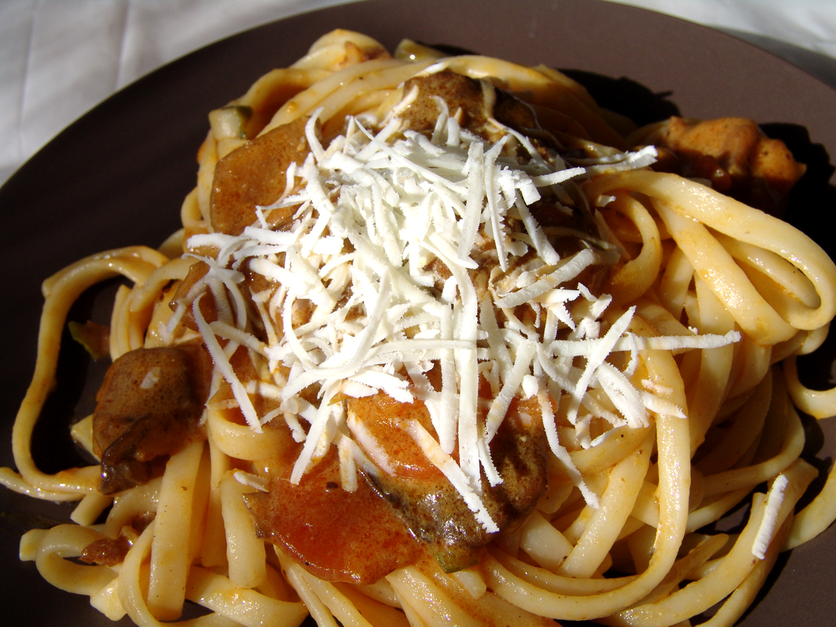 Linguini with mushrooms